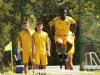 Yeni Malatyaspor 6 takviye yaparken, 7 futbolcuyla da yollarını ayırdı