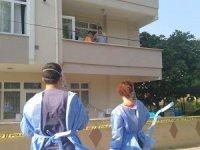 Gölcük'te 4 katlı apartman karantinaya alındı