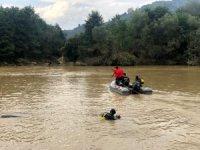 Harşit çayında, olay yerinden 5 kilometre ileride bulundu. Sel felaketinde can kaybı 11'e çıktı.