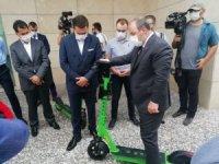 Sanayi ve Teknoloji Bakanı Varank, yerli elektrikli scooteri test etti