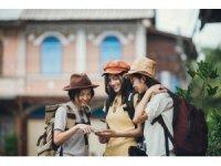 Yabancı turiste teknolojik asistan