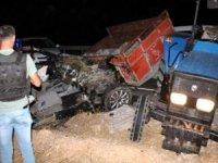 Midyat'taki Kazada ilk belirlemelere göre 6 kişi yaşamını yitirdi, 2 kişi ağır yaralandı.