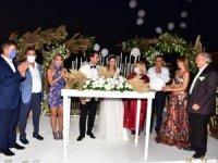 Nesil-Gizem Erciyas çifti düğün töreninin ardından bir haftalık balayı tatili için Marmaris'e gittiler.