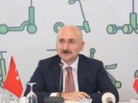Bakan Karaismailoğlu, Emniyet önlemlerinin yanında araç ve şirketlerin lisanslarının olmaması sorunuyla karşı karşıyayız.