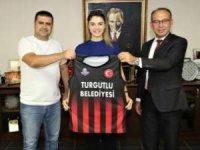 Manisa'nın tek kadın basketbol takımı olan Turgutlu Belediyespor Kadın Basketbol Takımının her zaman yanında olacağız