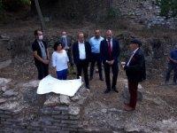 """Polonya Büyükelçisi Komuch, """"Bathonea Antik Liman Yerleşimi"""" kazılarını ziyaret etti"""