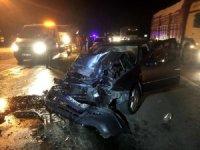 Kamyon otomobille çarpıştı: 1 yaralı