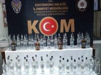 Yolcu otobüsünde 65 şişe kaçak içki şişesi yakalandı