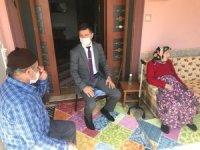 Kaymakam Onay şehit ailelerini ziyaret etti