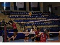 Sultanlar Ligi: Aydın Büyükşehir Belediyespor: 3 - İlbank: 0