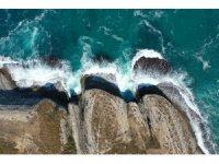 İstanbul'un kartpostallık kayalıkları