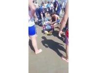 Rip akıntısına kapıldı, boğulmaktan kurtarıldı