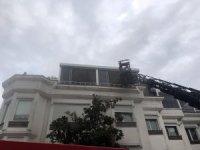Bakırköy'de patlayan çamaşır makinesi korkuttu