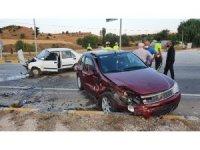 Kastamonu'da iki otomobil çarpıştı: 3 yaralı