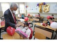 Erzincan'da okul öncesi 3 bin 676, 1. sınıflarda ise 3 bin 150 öğrenci ders başı yapı