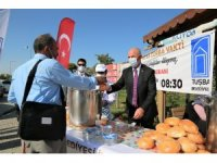 Tuşba Belediyesinden gönülleri ısıtan çorba ikramı