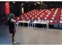 Kuşadası Belediyesi geleceğin tiyatrocularını seçiyor
