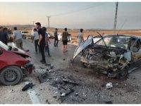 Gaziantep 2 araç kafa kafaya çarpıştı: 3 yaralı