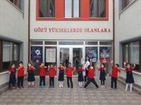 Minik öğrenciler ilk defa okula gitmenin heyecanını yaşadı