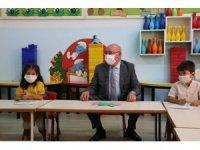 Başkan Merkelam öğrencilerin okul heyecanına ortak oldu