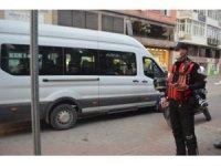 Bolu'da, karantinaya uymayan 3 kişi öğrenci yurduna gönderildi