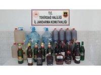 Eve kaçak içki baskını: 751 litre ele geçirildi