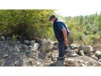 Yol genişletmek için mezarları tahrip ettiler