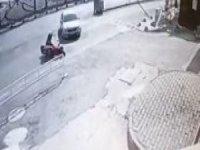 Çarpmamak için motosikleti yatırınca metrelerce sürüklendi