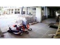 Maskeyi gözüne kadar çekip, borcu devam eden elektrikli bisikleti çaldı