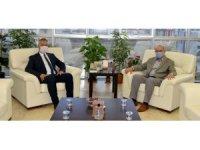 Rektör Ünal 19 Mayıs Belediye Başkanı'nı konuk etti