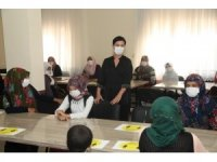 İpekyolu Belediyesinden kadınlara korona virüs eğitimi