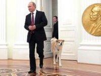 Sergey Komkov, Putin'in 2021 Nobel Barış Ödülü'ne adaylığı için 10 Eylül'de başvuruda bulundu.