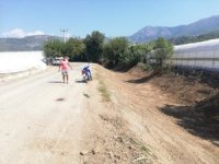 Kumluca'da DSİ'den kanal temizliği