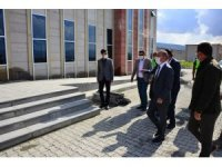 Vali Hüseyin Öner, DSİ hizmet binasında incelemelerde bulundu