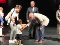 Aydın'da 50 çocuğa ayakkabı yardımı yapıldı
