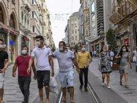 İstanbul'da işler iyi gidiyor. Son bir haftada İstanbul'daki günlük vaka sayılarında düzenli bir düşüş eğilimi var.