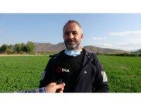 Atıl arazileri tarıma kazandıran belediyeden köylüye ucuz ürün desteği