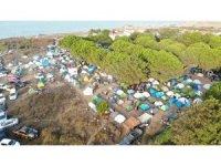Şile'de kamp yapan gençlerin festivali pes dedirtti