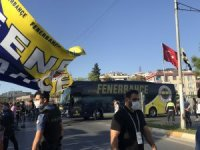 Fenerbahçe, derbiye coşkuyla uğurlandı
