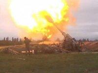 Ermenistan-Azerbaycan cephe hattında gece boyu şiddetli çatışmalar devam etti.