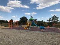 Kırsal mahalleler çocuk parkları ile donatılıyor