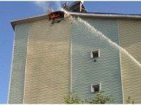 Çatı katında çıkan yangın söndürüldü