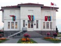 Yalova Kent Müzesi Türk ve Azerbaycan bayrakları ile donatıldı
