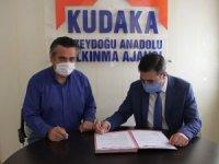 Başarılı projelerle sözleşme imzalandı