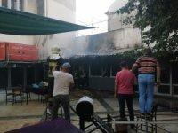 Manisa'da kahvehanede korkutan yangın