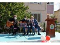 Hendek'te korona virüs tedbirleri kapsamında yaşlılar günü organizasyonu