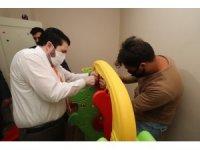 Başkan Sayan, Otizm hastası Beyzanur'un evine park yaptı