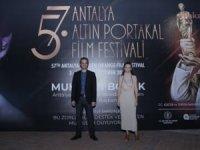 Antalya Altın Portakal Film Festivali film gösterimleri ve söyleşiler ile geçen ilk gününü geride bıraktı.
