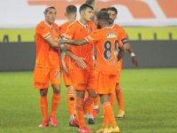 Başakşehir, Şampiyonlar Ligi'ndeki ilk maçında Leipzig ile karşılaşacak