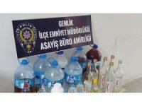Bursa'da 160 litre kaçak içki ele geçirildi